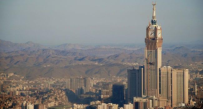 Saudis sacrifice to broker oil production cuts
