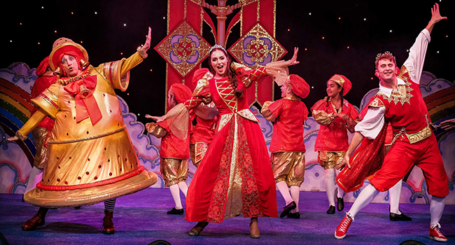 Christmas pantomime a charming holiday tradition